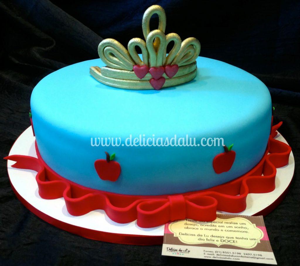 bolo branca de neve redondo