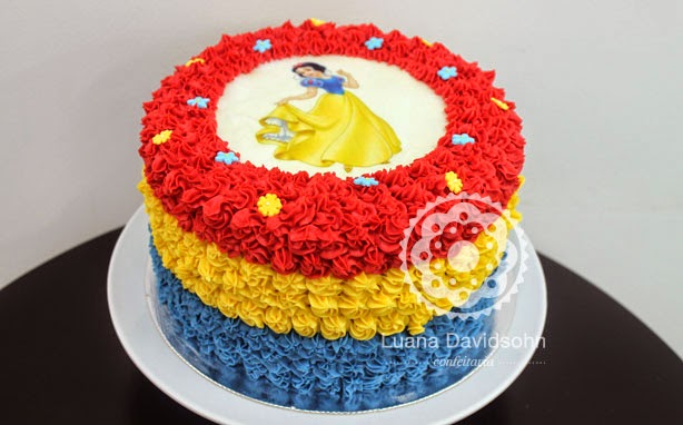 bolo branca de neve simples