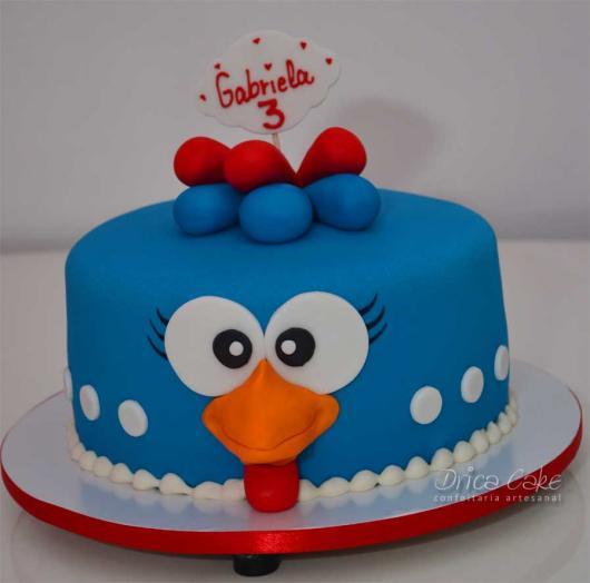 bolo da galinha pintadinha simples