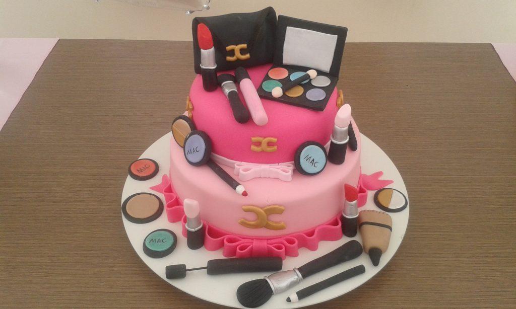 bolo de maquiagem 2 andares