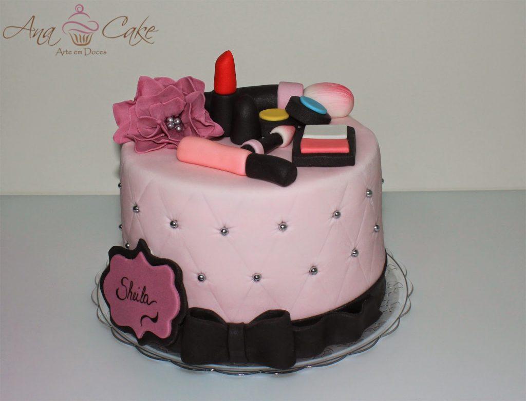bolo de maquiagem pasta americana