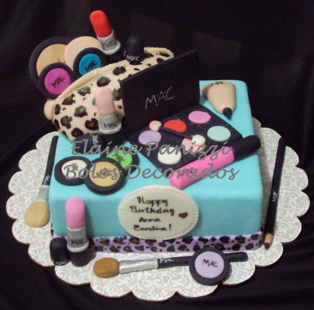 bolo de maquiagem quadrado