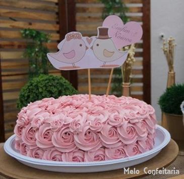 bolo de noivado com chantilly