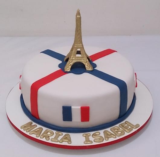 Bolo Paris de pasta americana