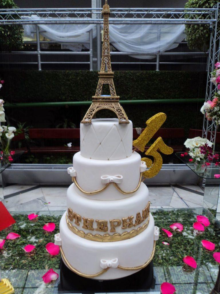 Bolo Paris dourado