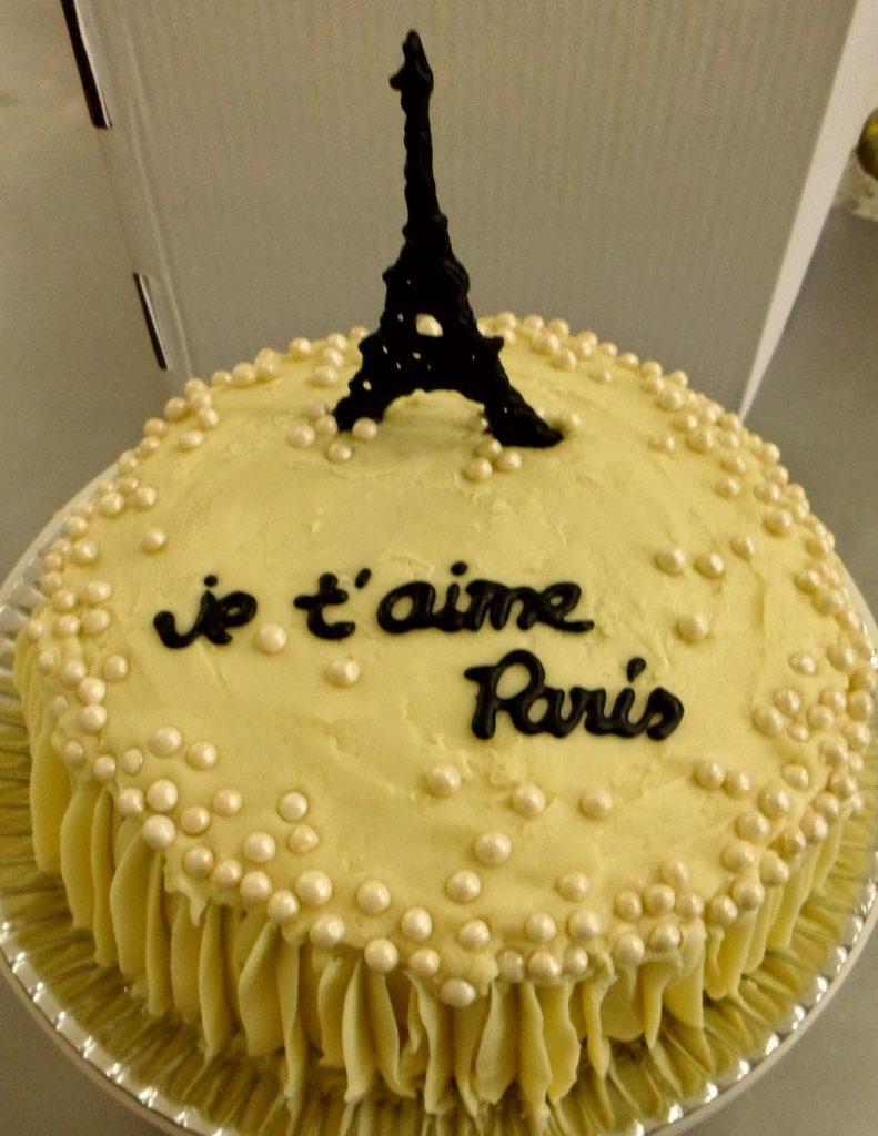 Bolo Paris glacê
