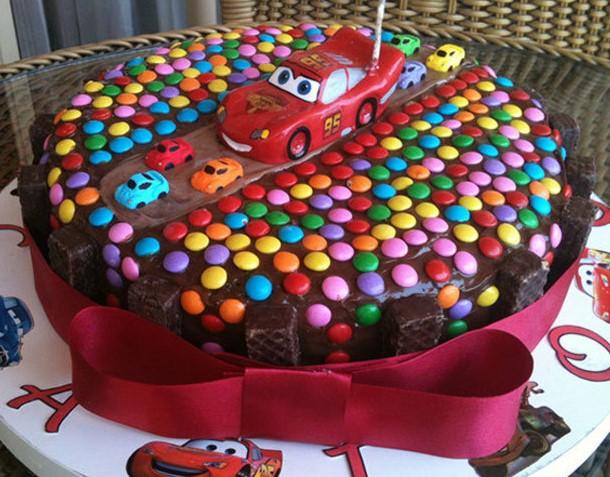 bolo carro simples