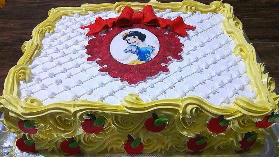bolo branca de neve quadrado
