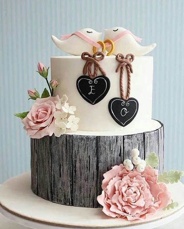 bolo de noivado com aliança