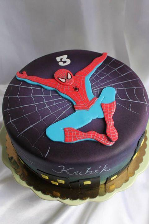 bolo do homem aranha simples