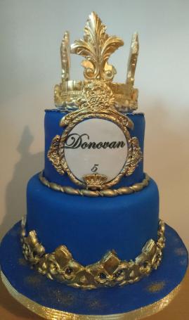 bolo azul com dourado