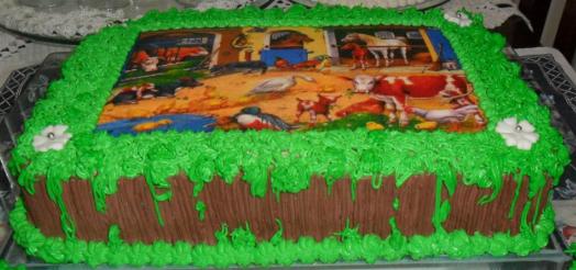 bolo fazendinha quadrado