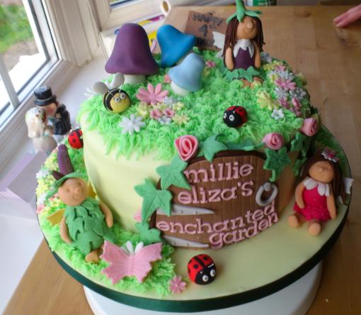 bolo decorado jardim encantado