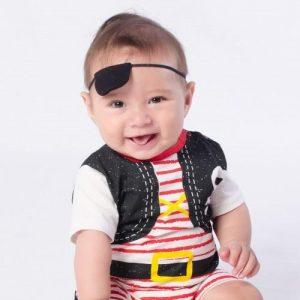 Fantasia de pirata bebê