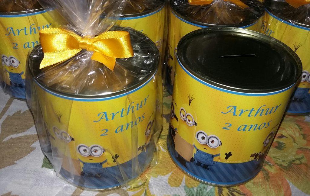 Lembrancinha dos Minions Com lata de leite