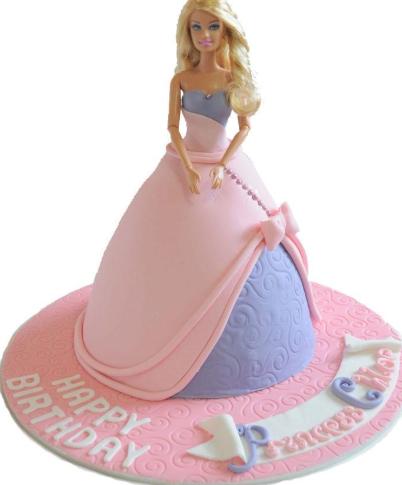 bolo da barbie com pasta americana