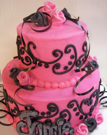 Bolo de 15 anos rosa e preto