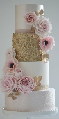 15 year old pink and gold cake