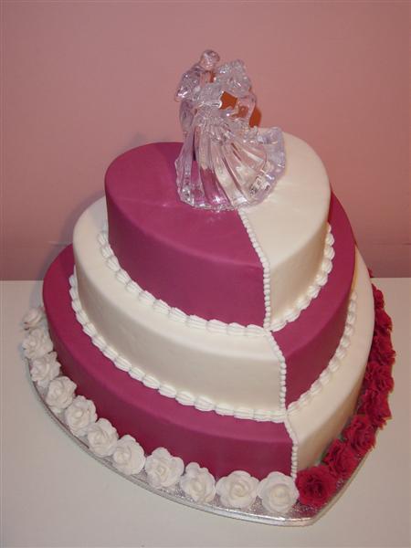 bolo de coração para casamento