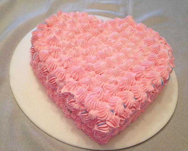 bolo de coracao simples