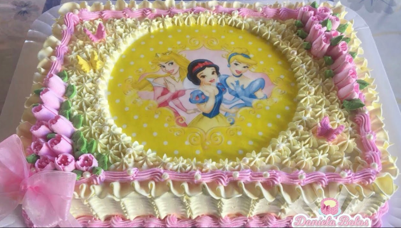 bolo das princesas com papel arroz