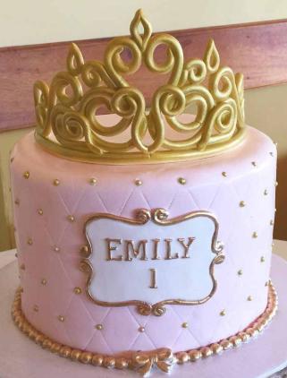 bolo princesa rosa e dourado