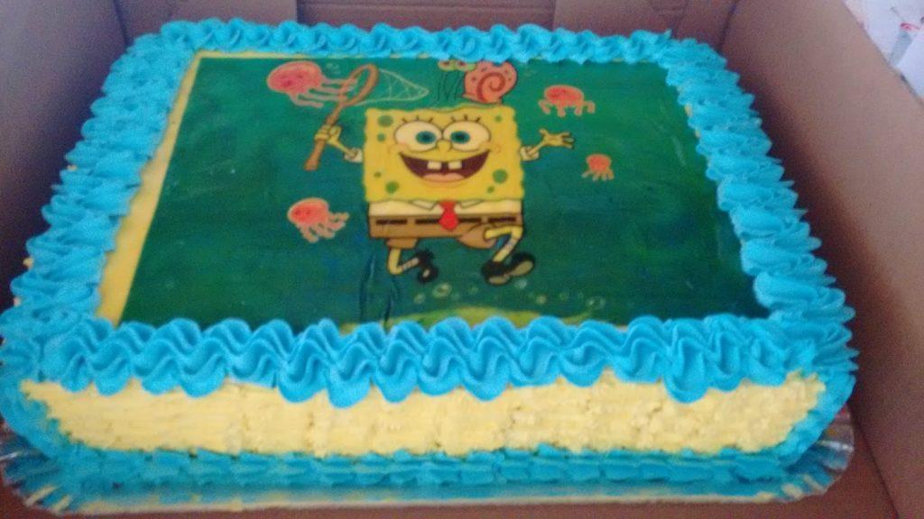 bolo do bob esponja com papel arroz