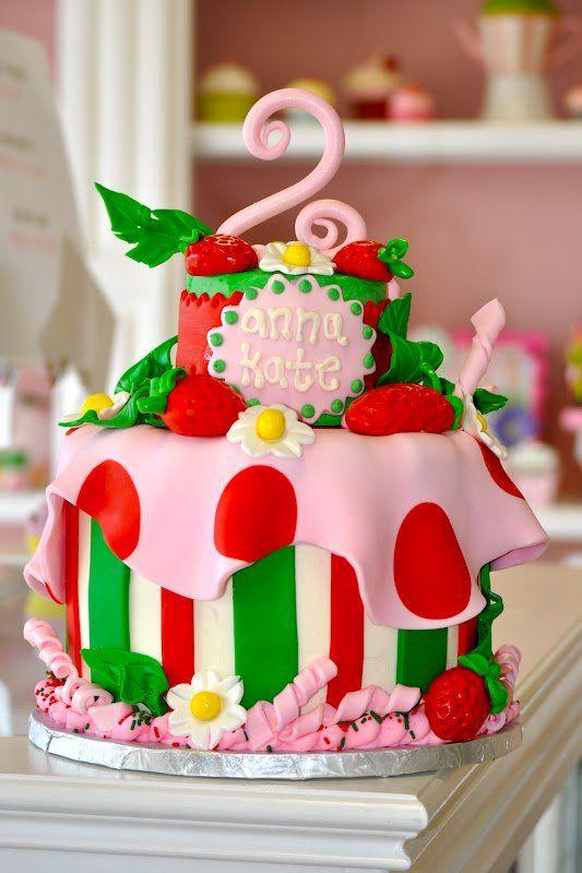 bolo da moranguinho com pasta americana
