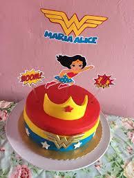bolo mulher maravilha baby