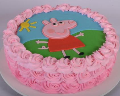 bolo da peppa pig de chantilly
