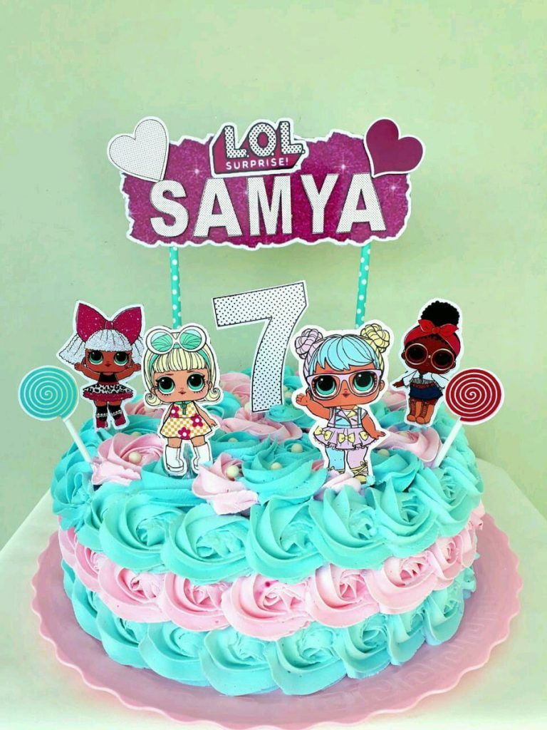 bolo decorado festa da lol