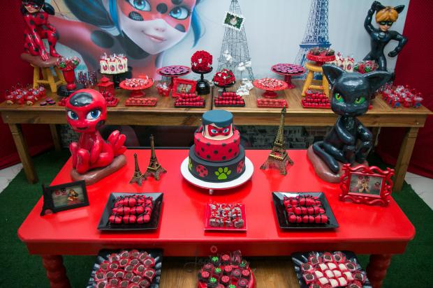 decoração festa miraculous ladybug