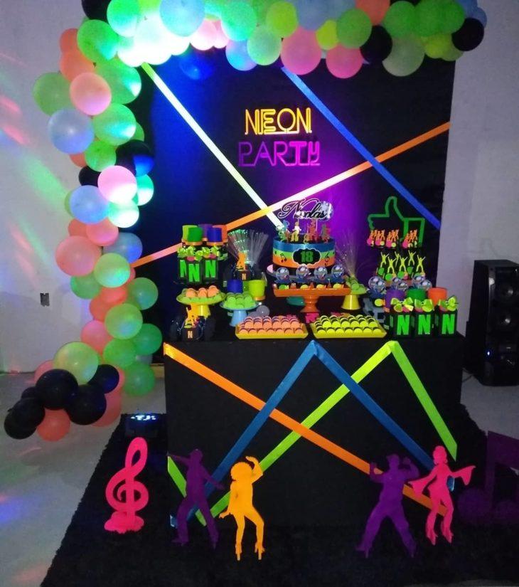 festa neon simples