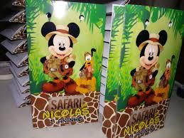 lembrancinha mickey safari