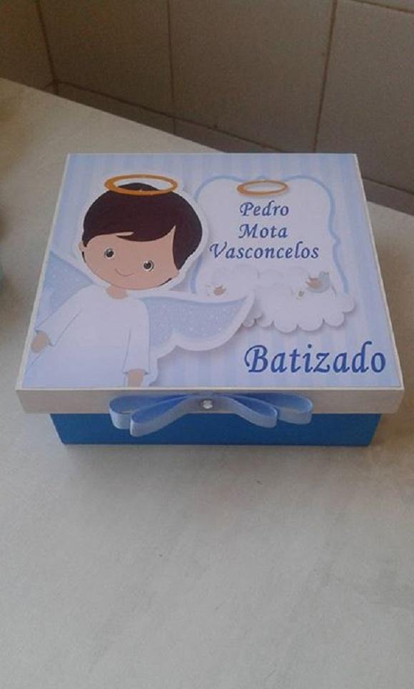 Lembrancinhas de batizado em MDF