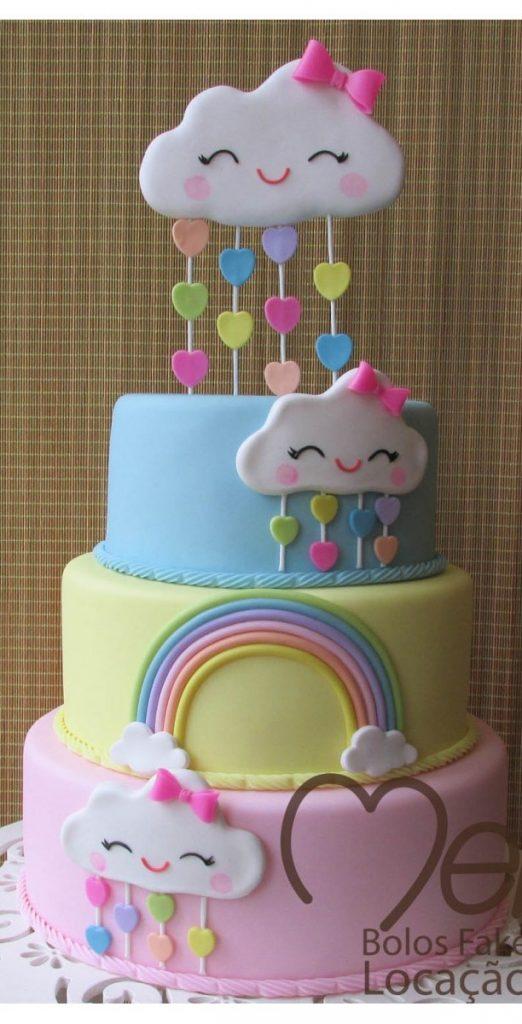 bolo cha revelação chuva de amor