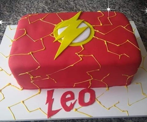 bolo do flash chantilly glace