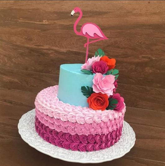 bolo flamingo chantilly glace