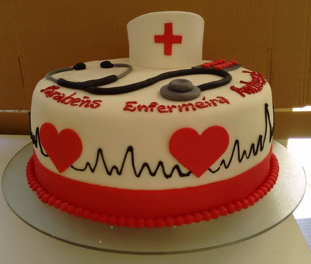 bolo de formatura enfermaria
