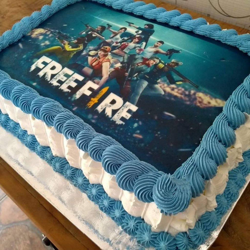 bolo free fire quadrado