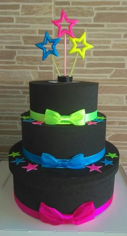 bolo neon feminino