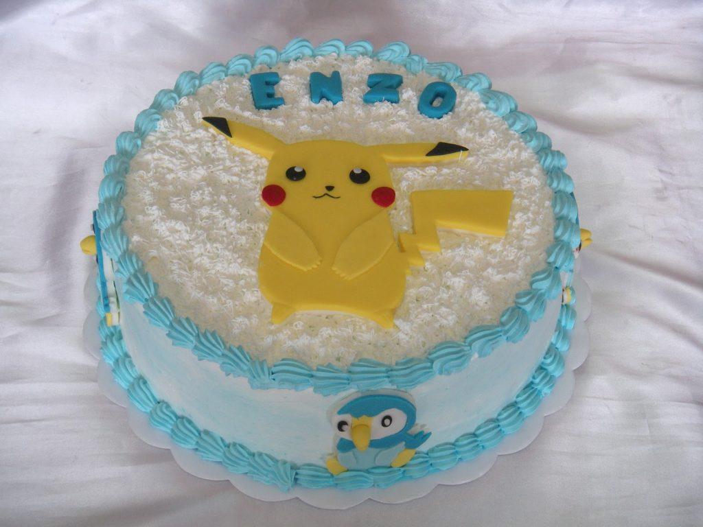 bolo pokemon chantilly glace