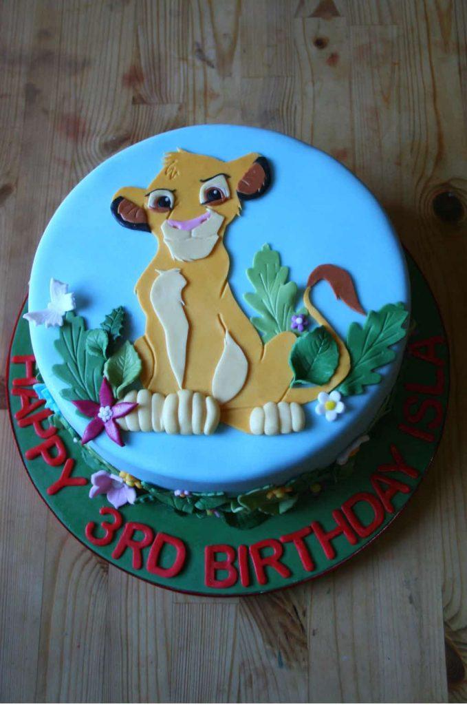 bolo rei leão simples