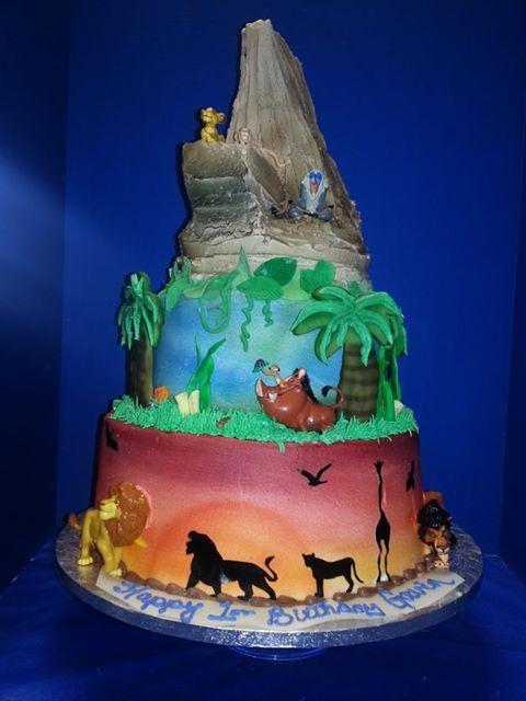 bolo rei leão fake