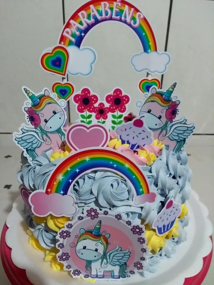 bolo unicornio chantilly com topper