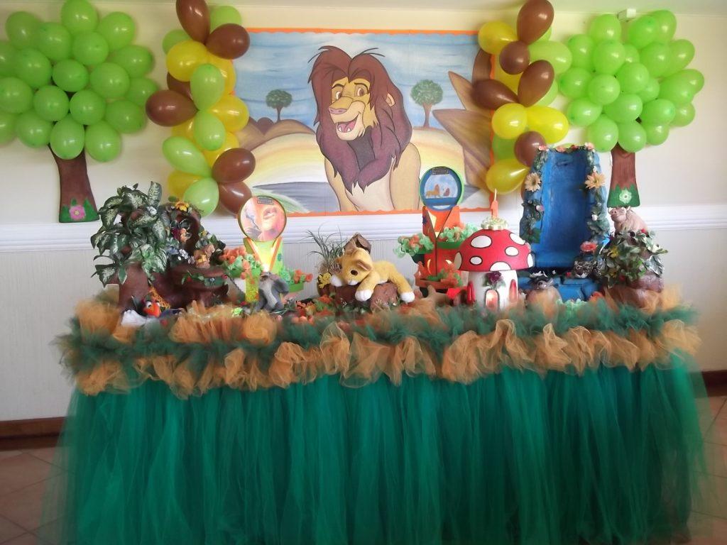 festa rei leão simples