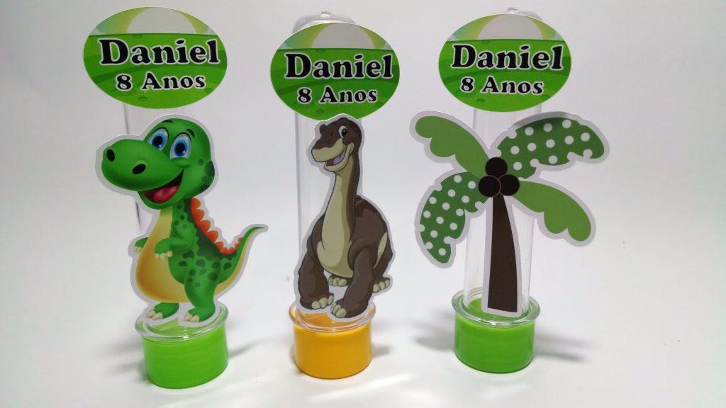 lembrancinha dinossauro tubete