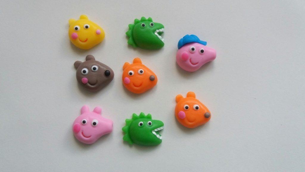lembrancinha peppa pig em biscuit