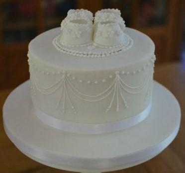 bolo batizado branco