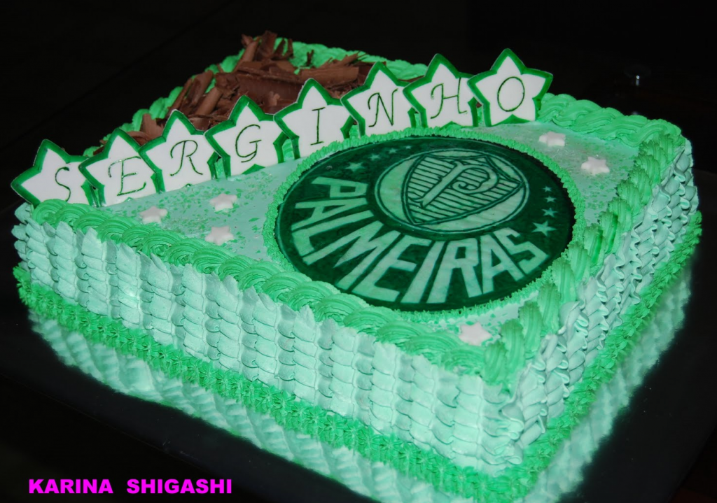 bolo do palmeiras com chantilly
